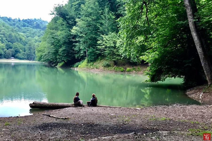 churat-lake-by-ladan.me